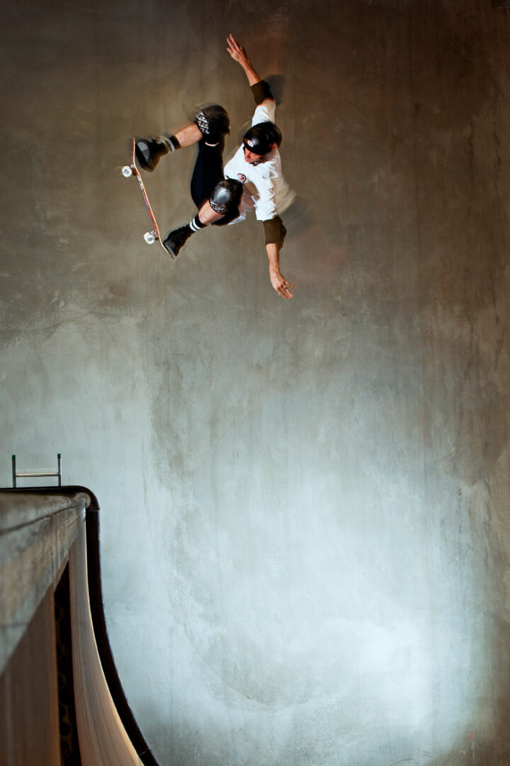Tony+Hawk+-+ollie+fakieRT-LOW